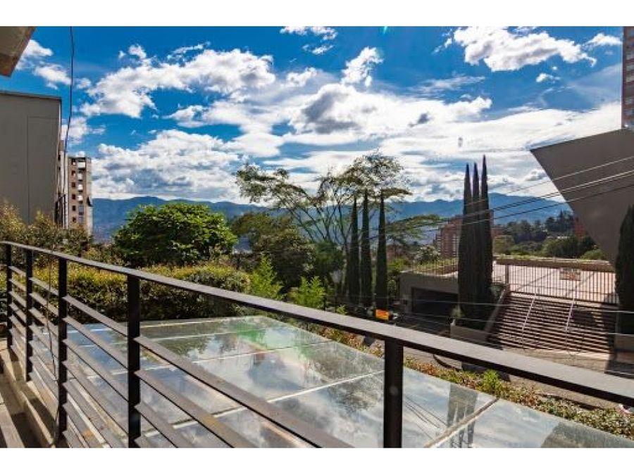 casa moderna de 3 niveles 2 terrazas exclusivo sector del poblado