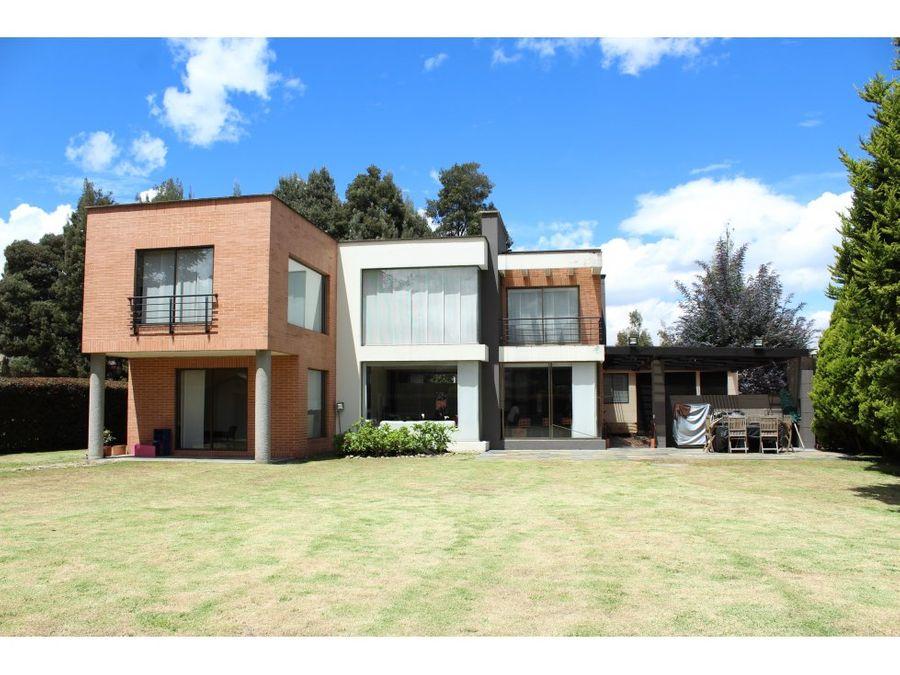 casa en hacienda san sebastian guaymaral