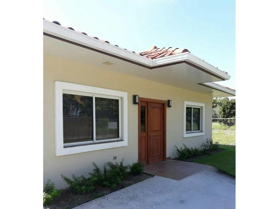 venta casa 2 recamaras en santa clara