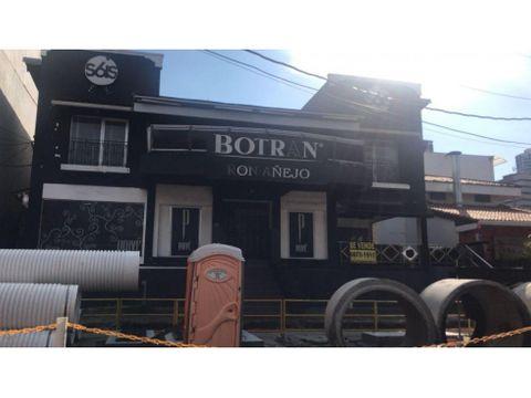 venta local 400 m2 calle uruguay