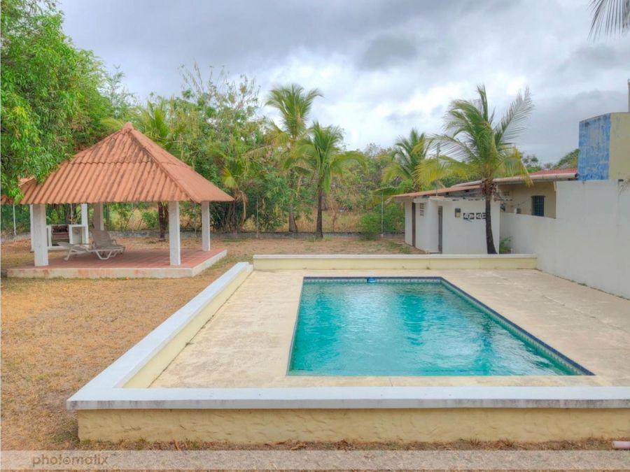 venta casa en segunda linea de playa gorgona