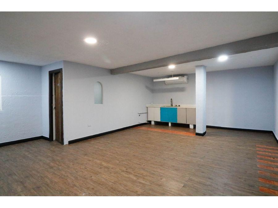 alquiler local comercial con apartamento en via argentina