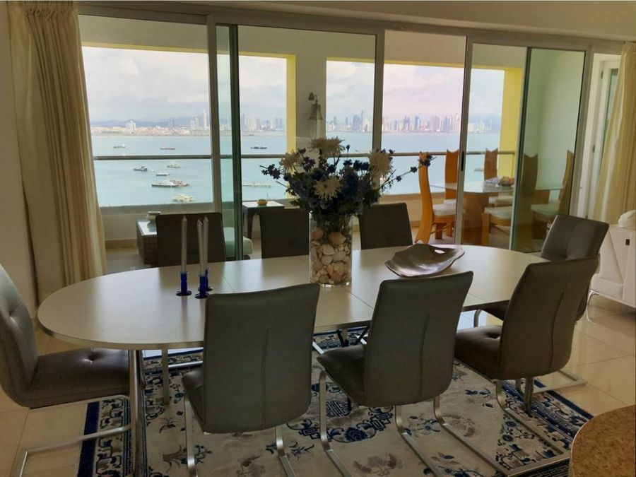 venta penthouse con vista al mar causeway towers 6