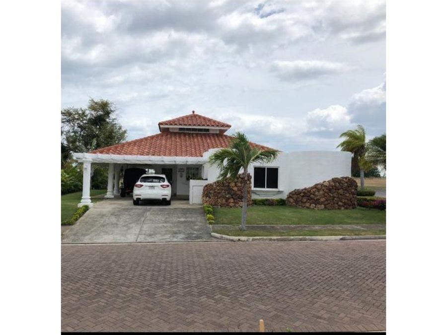 venta o alquiler casa 3 recamaras en vista mar