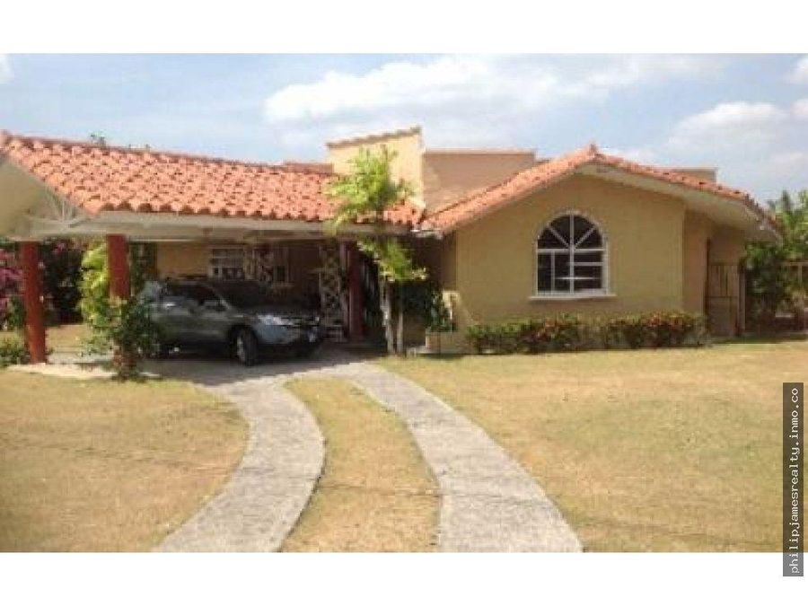 venta o alquiler casa con piscina coronado golf
