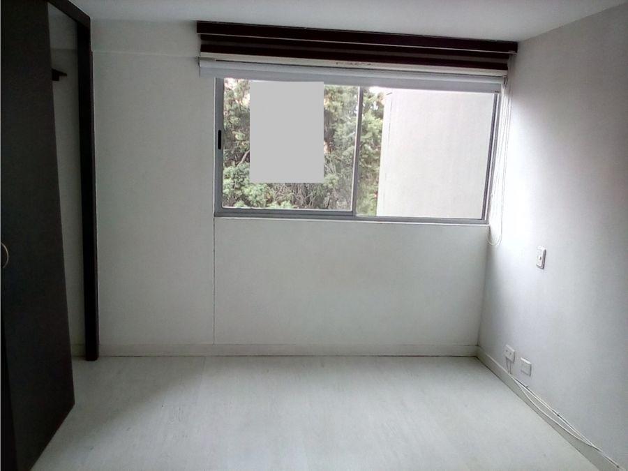 vendo acogedor apartamento en la castellana