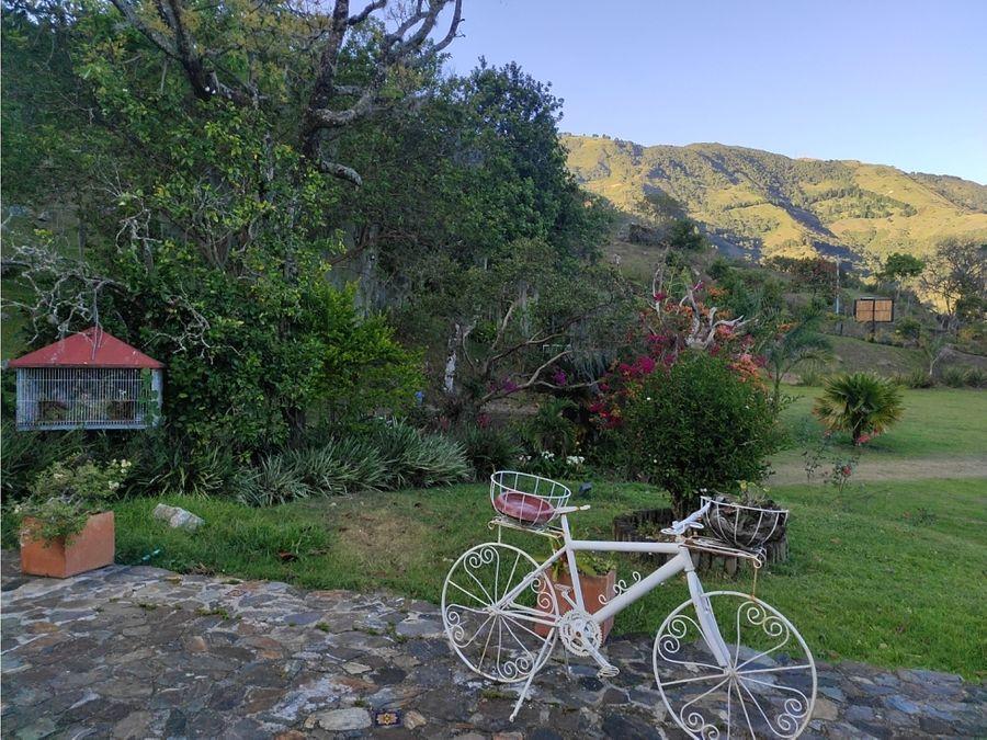 hermosa finca en copacabana con montaje para ganaderia de exposicion
