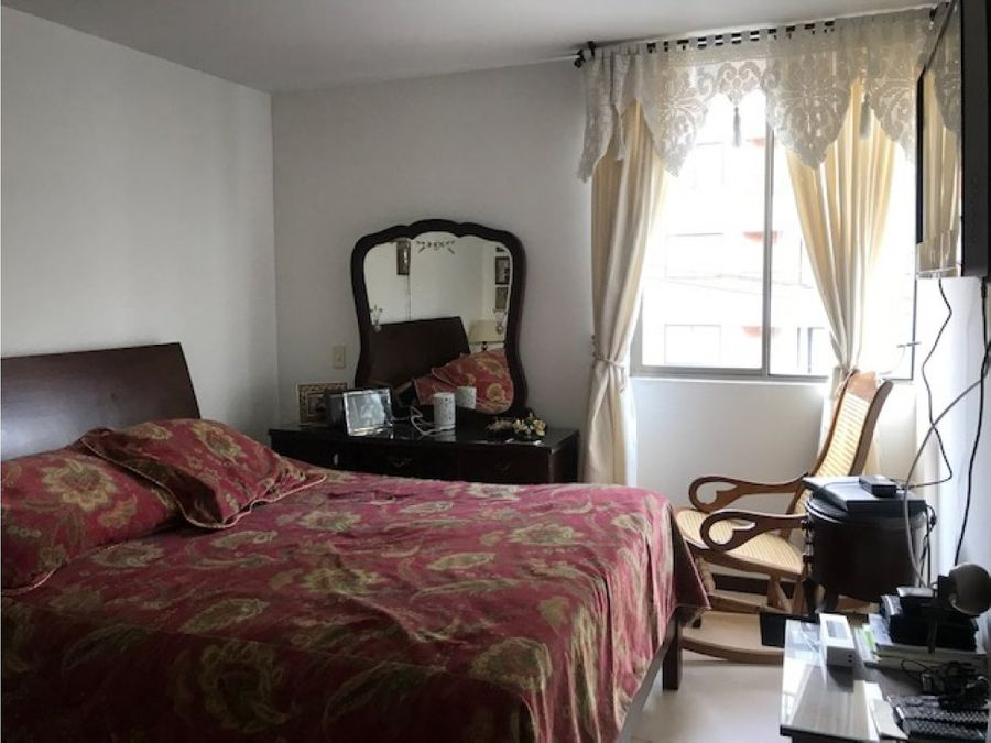 venta apartamento amplio e iluminado en la abadia envigado