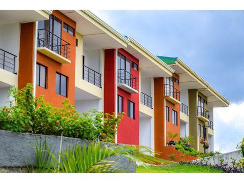se vende casa en condominio moravia trinidad