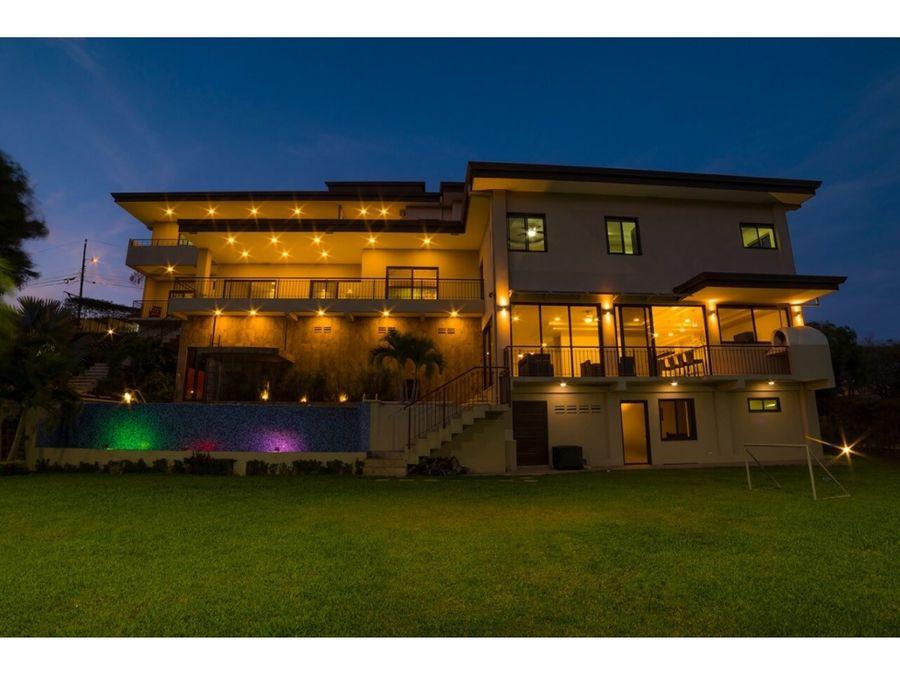 hermosa residencia en hacienda los reyes con gran arquitectura