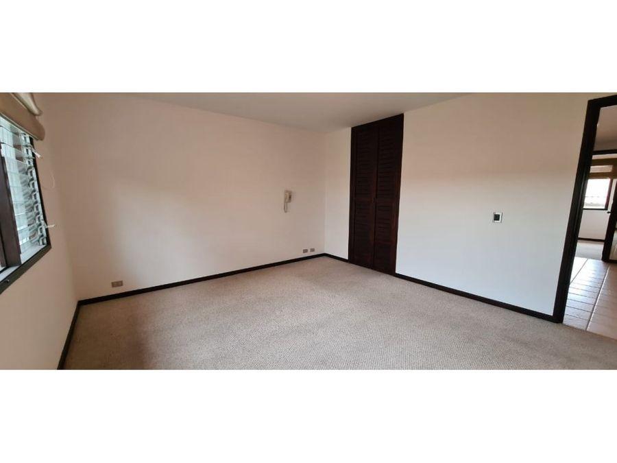 se vende condominio en moravia cerca de lincoln plaza