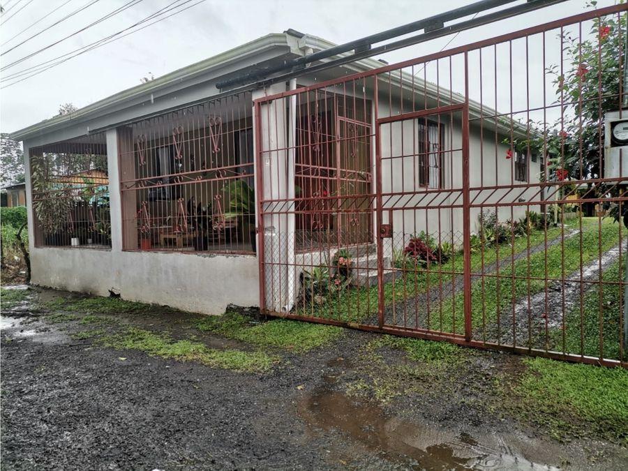 guapiles pococi se vende dos casas en terreno de 614m2 55millones