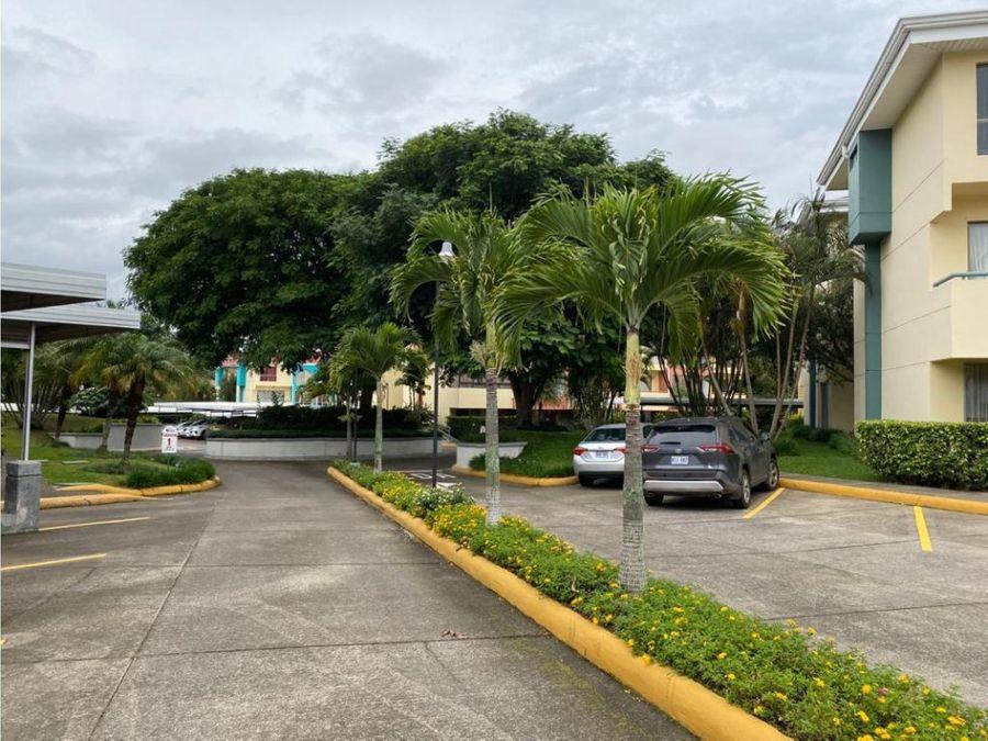 condominio cerca de lincoln plaza