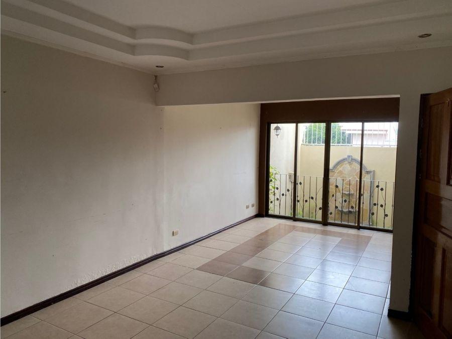 vendo casa en residencial estancia antigua