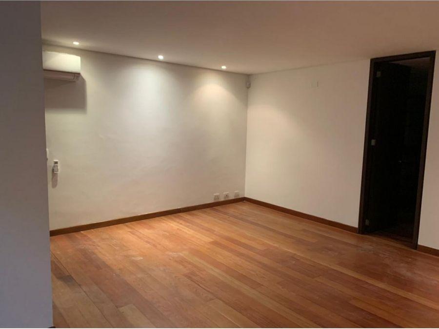 se arrienda apartamento en los balsos medellin