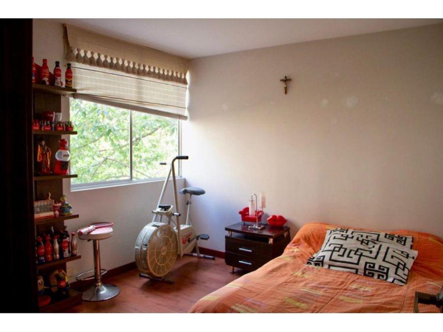se vende apartamento en loma de los benedictinos envigado