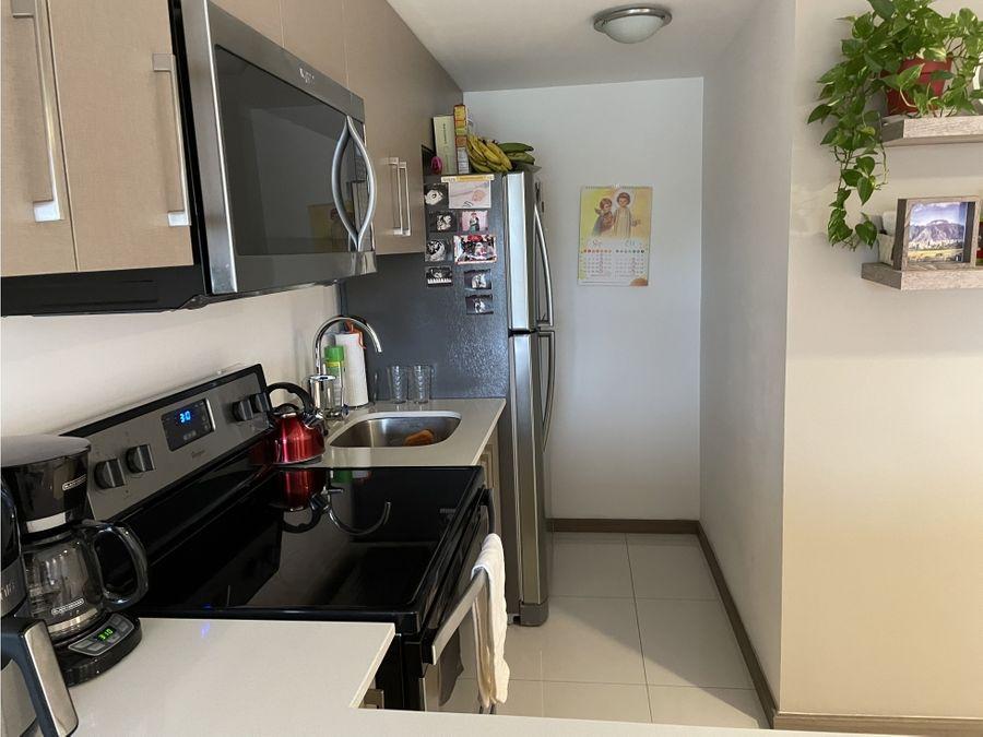 venta apartamento 1 cuarto torre d paradisus