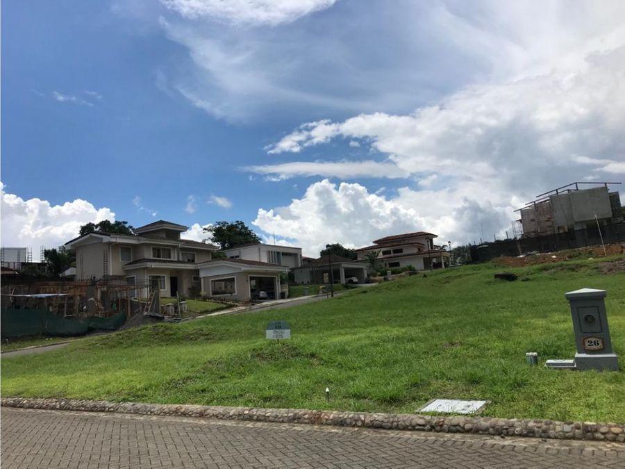 lote residencial de 716 m2 en condominio a la venta brasil de mora