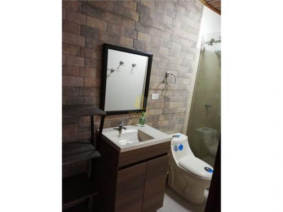 propiedad remodelada con 5 apartamentos alquilados a la venta
