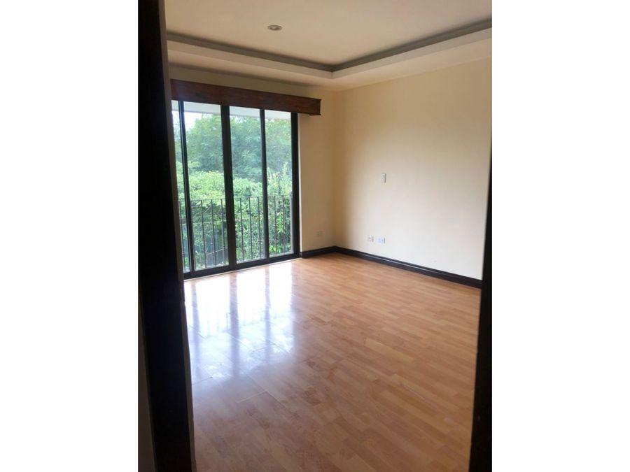 venta de casa de 3 cuartos en condominio en guachipelin norte
