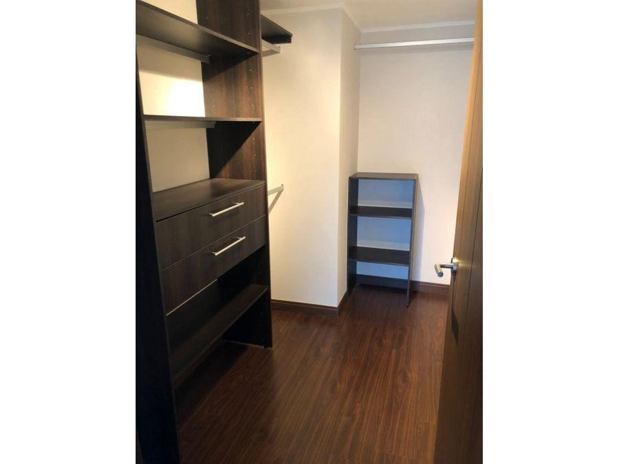 apartamento de 2 cuartos en alquiler en torre azenza uruca