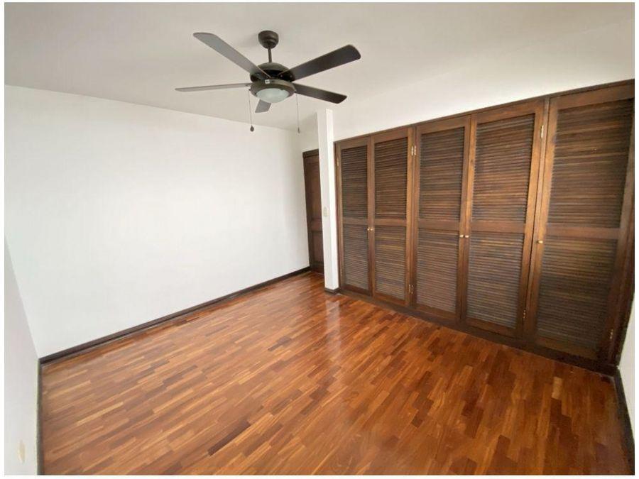 venta de casa de 3 cuartos en condominio jaboncillos escazu