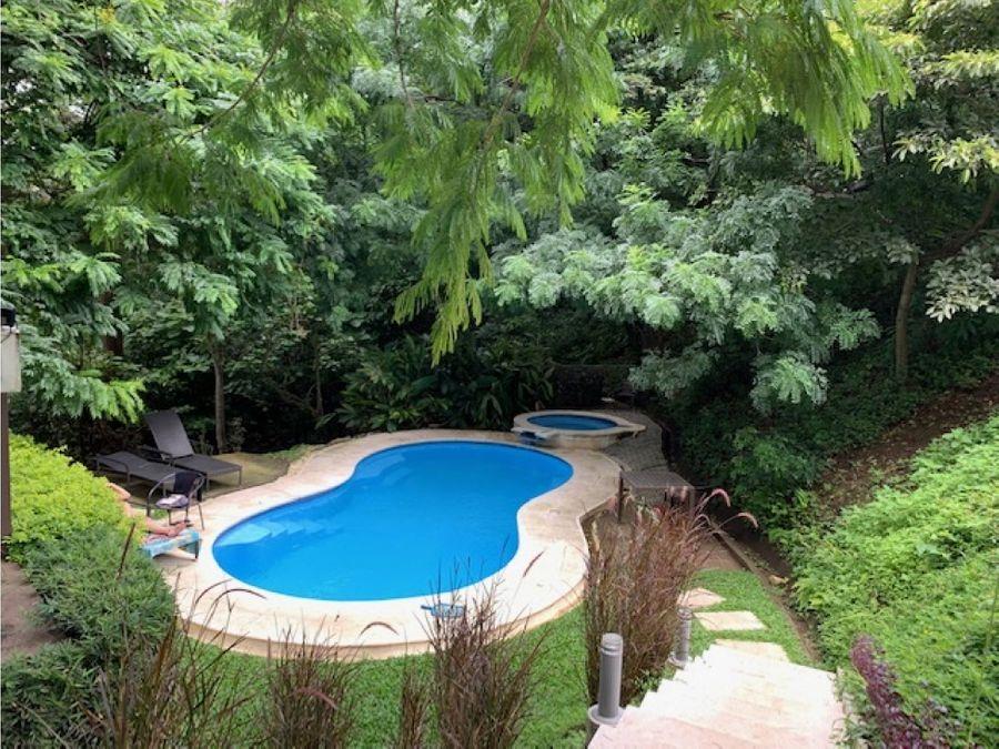 se vende apartamento en eco residencial rio oro santa ana