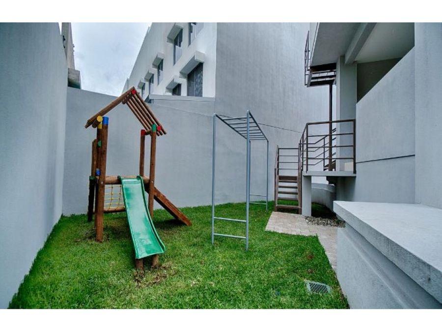 venta moderno apto de 2 cuartos en san antonio escazu