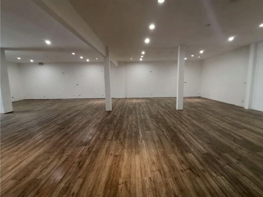 alquiler de local de 180 m2 en guachipelin zona industrial