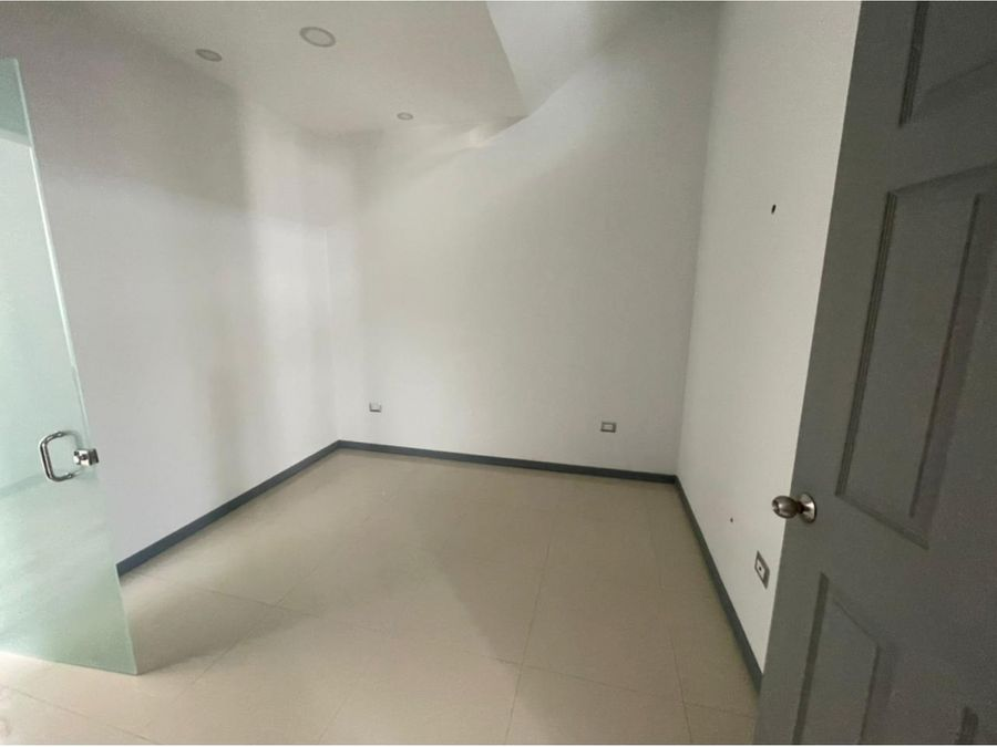 en alquiler casa nueva de 2 cuartos y sala de tv pozos de santa ana