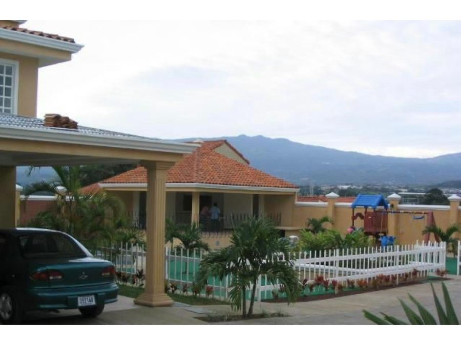 alquiler de casa de 3 cuartos en condominio guachipelin norte