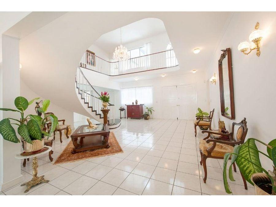venta casa con piscina brasil de mora ciud colon