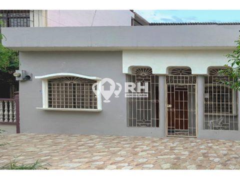 casa de tres pisos en alquiler en sector las brisas machala mcmp