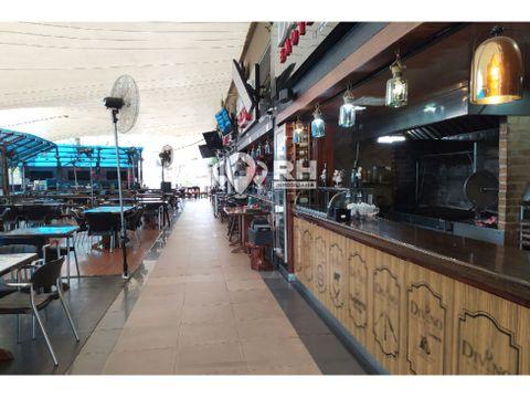 local comercial en oro plaza machala 649