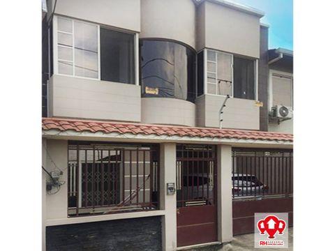 casa en venta en cdla los rosales machala 653