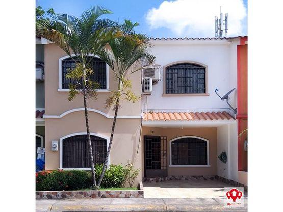 casa de 2 plantas en alquiler en ciudad verde machala na24