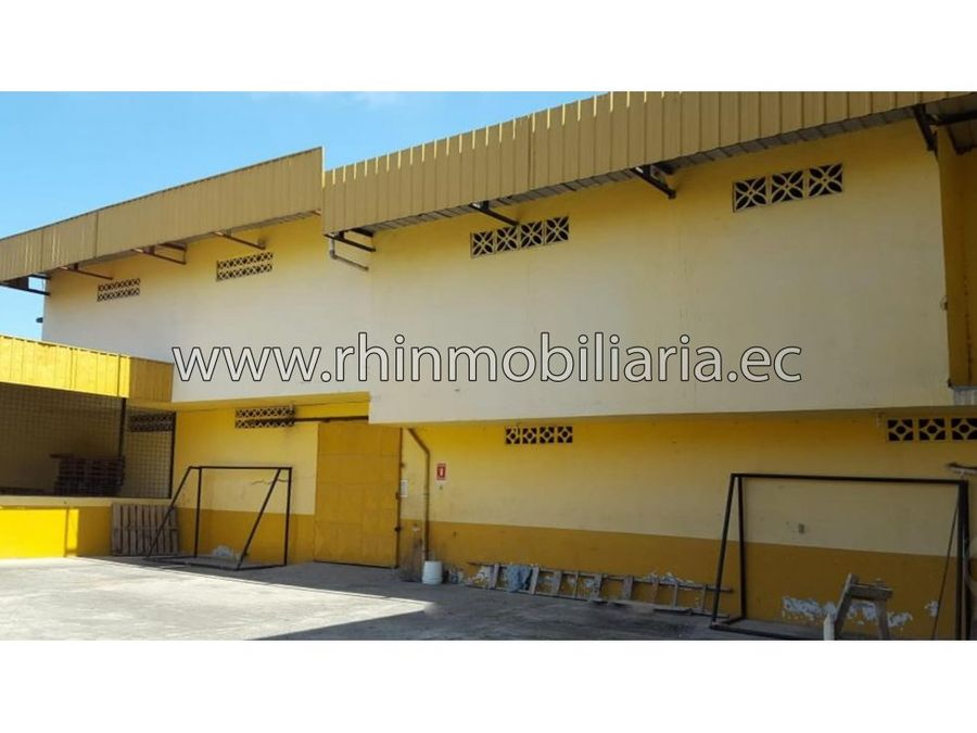 edificio con oficinas en venta en nuevo pilo machala jam07