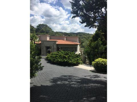 venta de residencia en hacienda valle escondido