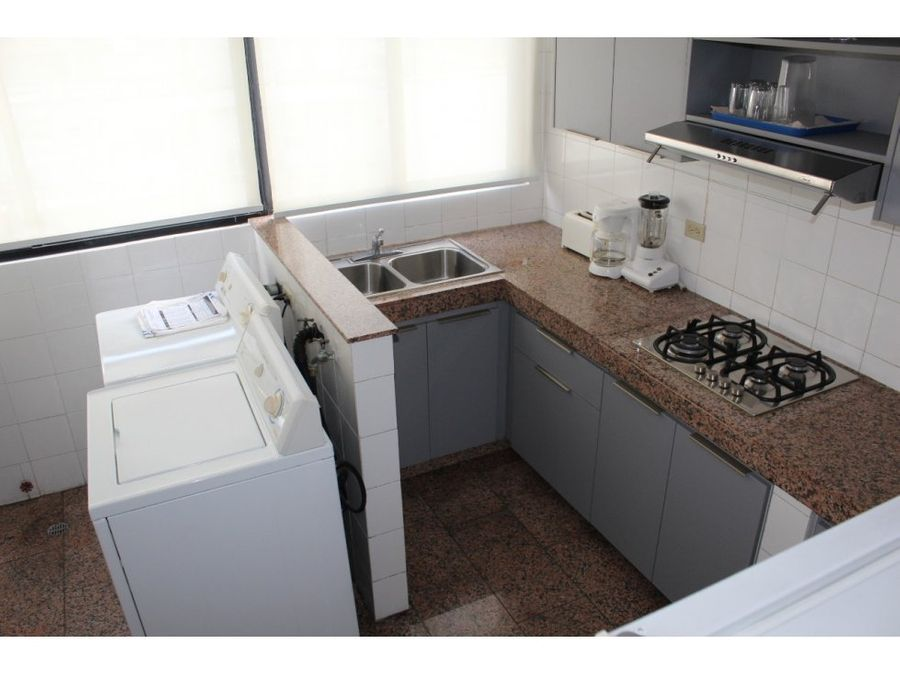 lujosos apartamentos en cangrejo jk 6616 3744
