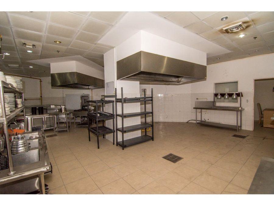local para restaurantes jonathan 6616 3744