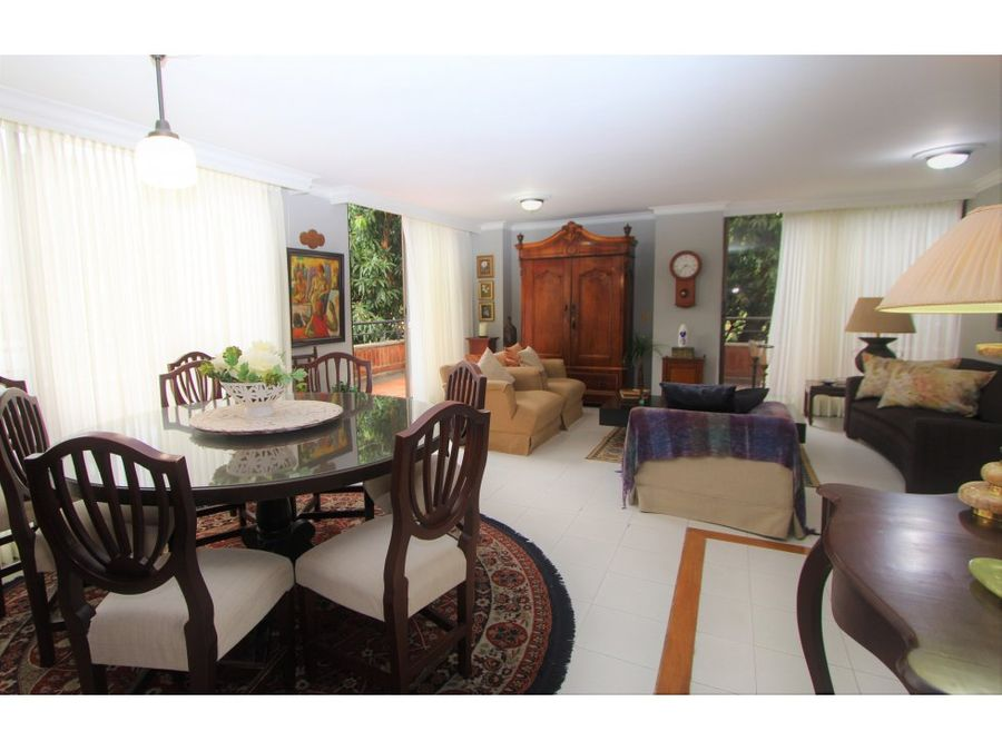 classic apt w green view in el poblado