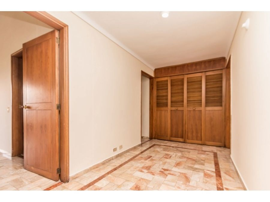great deal apt perfect for remodeling el poblado