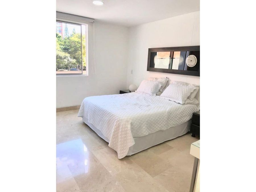 classic apt in residential area in el poblado