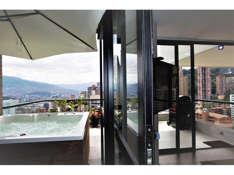 wonderful penthouse wjacuzzi in el poblado