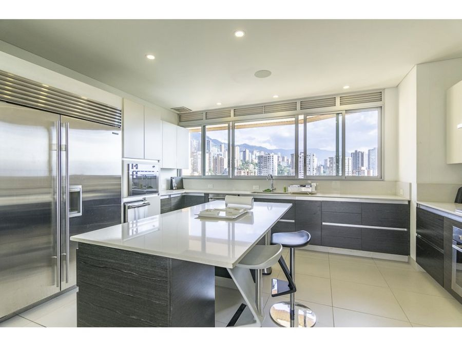 impressive apt w maginificent view in el poblado