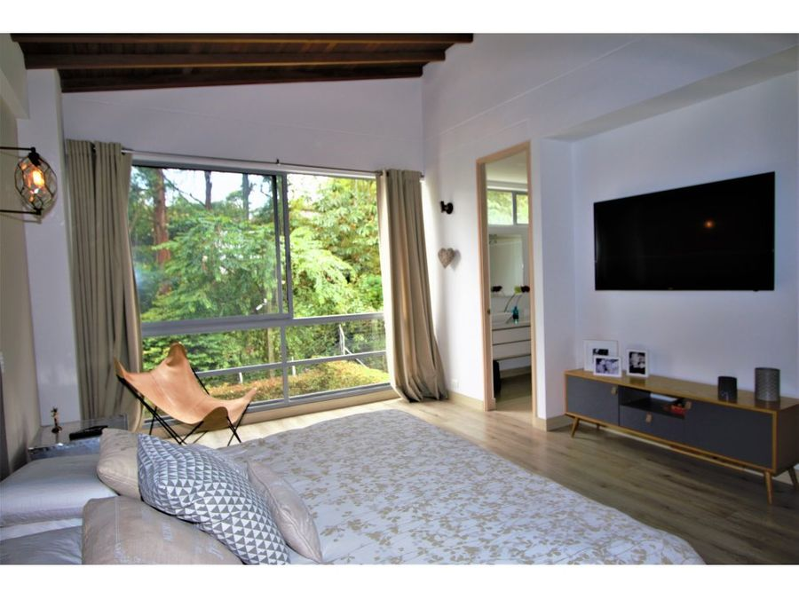 lovely three bedroom house in envigado