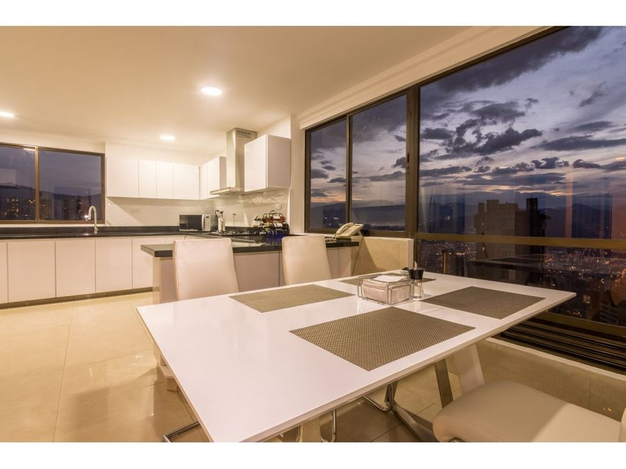 breathtaking 4843 sq ft apartment in el tesoro
