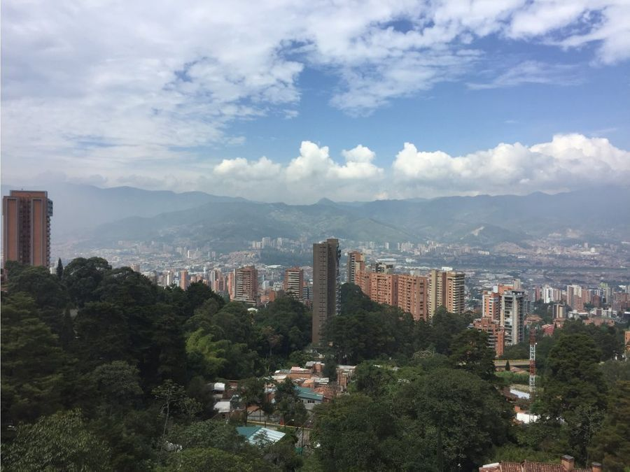 modern apartment w green view in el poblado