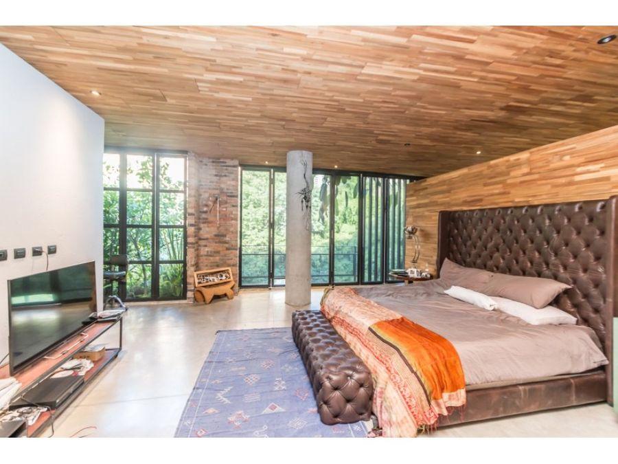 unique penthouse w jacuzzi in zona rosa