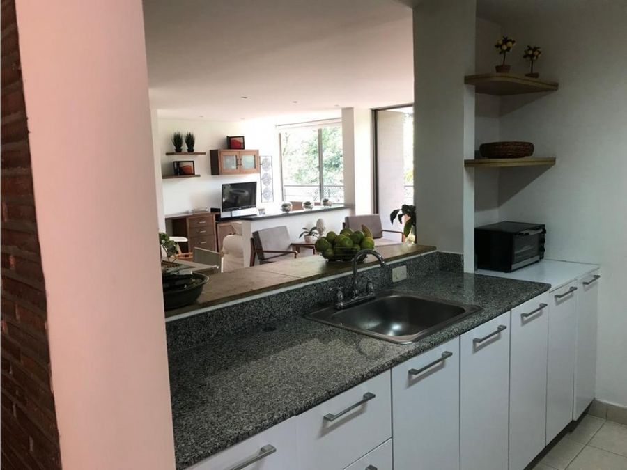 apartment with great amenities in el poblado